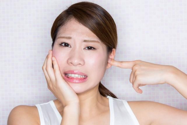 周りが迷惑してるかも?「歯ぎしり」の原因と自力で治す方法5つ