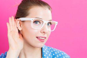 薬にも補聴器にも頼らず聴力を回復させるトレーニングとは?