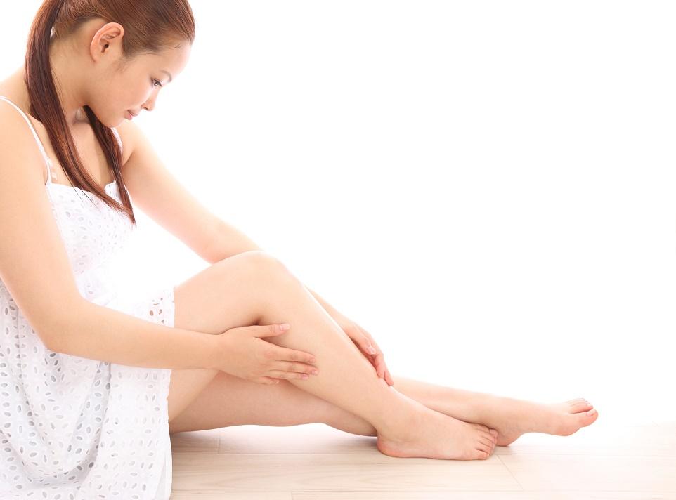 女性らしさを半減。「太い足首」の5つの原因と細くする方法