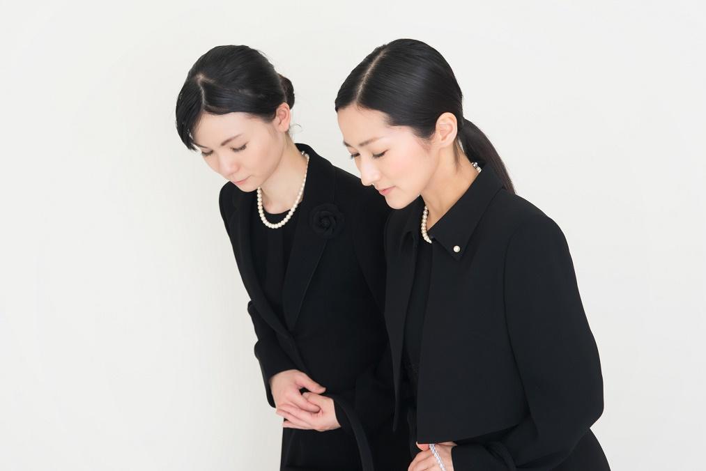 【三回忌の法要】遺族が着る服装と注意すべき5つのマナー