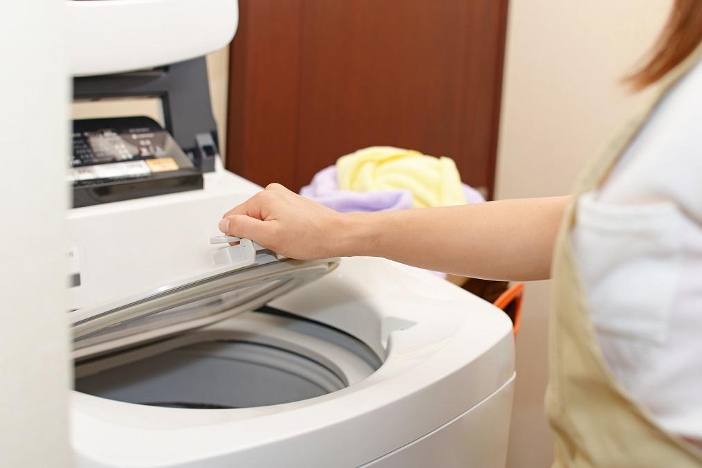 長く着るために注意したい、セーターの正しい洗濯&干し方