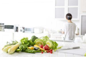 悪臭の原因になる「台所の排水口つまり」の掃除方法