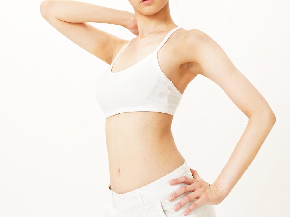「肌の黒ずみ」の原因と改善方法