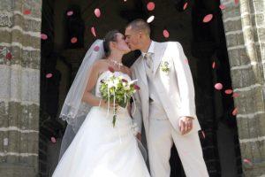 結婚祝いのおすすめアイテムと気を付けたいマナー