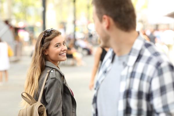 片思い中の男性へのアプローチ方法