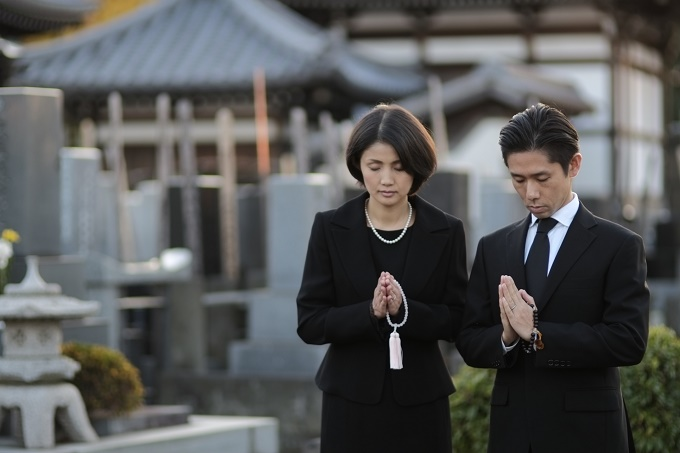 葬儀後に弔問する場合のマナー